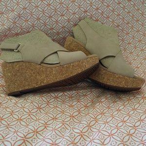 Clarks Annadel Eirwyn Wedge Sandals